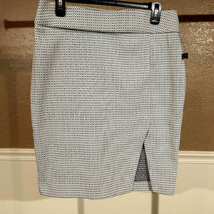 new Apt 9 sz 10 pullon black white pencil skirt